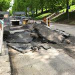 放置中。「何故その状態で放置する⁈っていう工事中の状態を、道路で良く見かけ」たらしい!